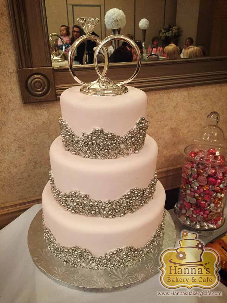 bridal shower cakes hannas bakery and cafe briday shower cakes 1217 16